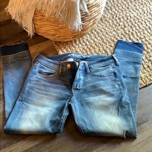 American eagle faded jeans